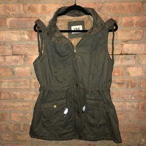 YMI Collection: Vest w/ Hood